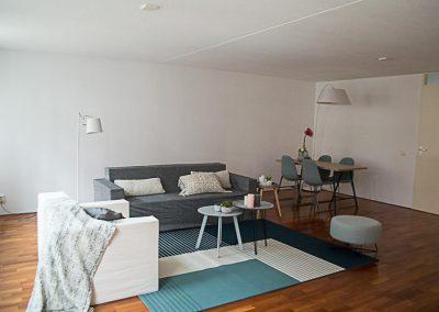 een leegstaande woning ingericht en gestyled met meubels en accessoires